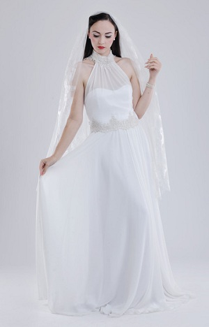 1920s vintage wedding dress with gothic elements