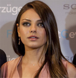 Mila Kunis straight hair for round face