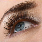 Eyelashes Falling Out? Here is Why…